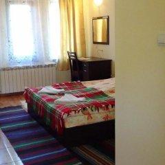 Отель Family Hotel Medven - 1 Болгария, Сливен - отзывы, цены и фото номеров - забронировать отель Family Hotel Medven - 1 онлайн комната для гостей фото 4