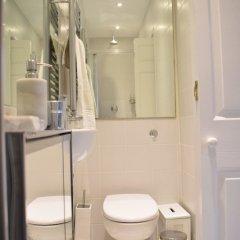 Отель Modern and Spacious Belsize Park Apartment Великобритания, Лондон - отзывы, цены и фото номеров - забронировать отель Modern and Spacious Belsize Park Apartment онлайн ванная фото 3
