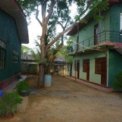 Отель Palugaha Pilgrim Resort парковка
