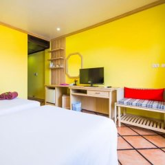 Phuket Island View Hotel 3* Стандартный номер с различными типами кроватей фото 5