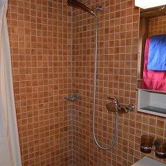 Отель Ismene, Chalet ванная