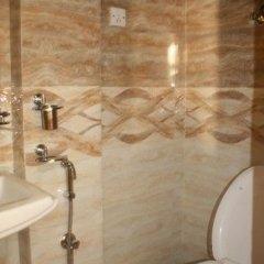 Отель Thamel Apartments Hotel Непал, Катманду - отзывы, цены и фото номеров - забронировать отель Thamel Apartments Hotel онлайн ванная