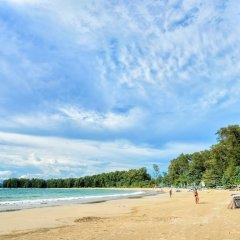 Отель L'esprit de Naiyang Beach Resort пляж фото 2