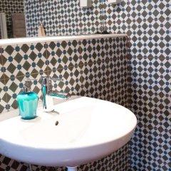 Отель Lost Lisbon - Chiado Португалия, Лиссабон - отзывы, цены и фото номеров - забронировать отель Lost Lisbon - Chiado онлайн ванная
