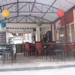 Отель Hostel Himalaya Непал, Катманду - отзывы, цены и фото номеров - забронировать отель Hostel Himalaya онлайн гостиничный бар