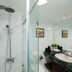 Отель Halais Hotel Вьетнам, Ханой - отзывы, цены и фото номеров - забронировать отель Halais Hotel онлайн ванная