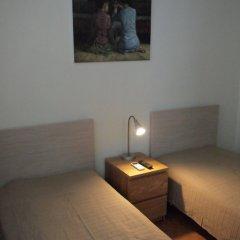 Гостиница Меблированные комнаты Русские на Зубовском в Москве - забронировать гостиницу Меблированные комнаты Русские на Зубовском, цены и фото номеров Москва комната для гостей фото 3
