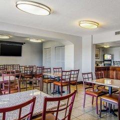 Отель Quality Inn & Suites Denver Stapleton фото 4
