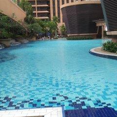 Отель Kl Bukit Bintang Suites At Times Square Малайзия, Куала-Лумпур - отзывы, цены и фото номеров - забронировать отель Kl Bukit Bintang Suites At Times Square онлайн бассейн фото 3