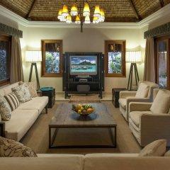 Отель The St Regis Bora Bora Resort Французская Полинезия, Бора-Бора - отзывы, цены и фото номеров - забронировать отель The St Regis Bora Bora Resort онлайн интерьер отеля