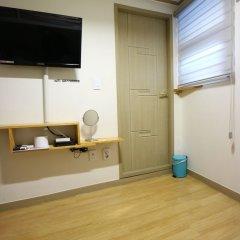 Отель Oneminute Guesthouse интерьер отеля фото 3