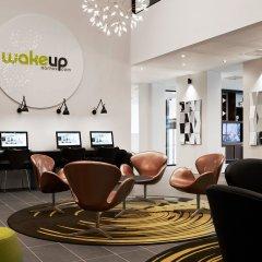 Отель Wakeup Aarhus Дания, Орхус - отзывы, цены и фото номеров - забронировать отель Wakeup Aarhus онлайн интерьер отеля фото 2