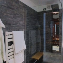 Hotel Montescano Сан-Мартино-Сиккомарио ванная