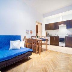 Апартаменты Blue Happy Apartment Варшава комната для гостей фото 2