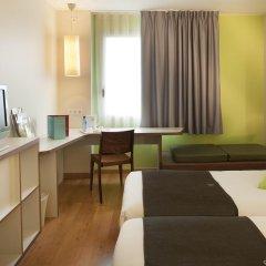 Отель Campanile Barcelona Sud - Cornella Испания, Корнелья-де-Льобрегат - 4 отзыва об отеле, цены и фото номеров - забронировать отель Campanile Barcelona Sud - Cornella онлайн комната для гостей фото 2