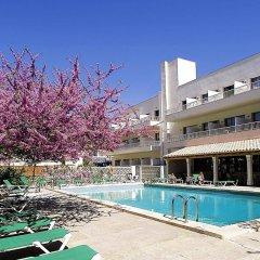 Hotel Gaya бассейн