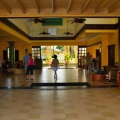 Отель Jewel Paradise Cove Beach Resort & Spa - Curio Collection by Hilton интерьер отеля фото 3