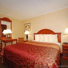 Отель Best Western Hollywood Plaza Inn США, Лос-Анджелес - отзывы, цены и фото номеров - забронировать отель Best Western Hollywood Plaza Inn онлайн комната для гостей фото 2