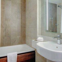 Отель Hilton Edinburgh Carlton ванная