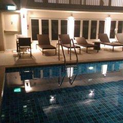 Отель Le Tada Parkview Бангкок бассейн