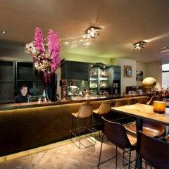Отель Max Brown Musuem Square Нидерланды, Амстердам - отзывы, цены и фото номеров - забронировать отель Max Brown Musuem Square онлайн гостиничный бар