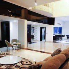 Апартаменты Downtown Al Bahar Apartments Дубай комната для гостей фото 4