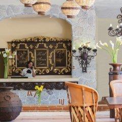 Отель Los Arcos Suites Пуэрто-Вальярта гостиничный бар