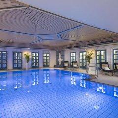 Maritim Hotel Nürnberg бассейн