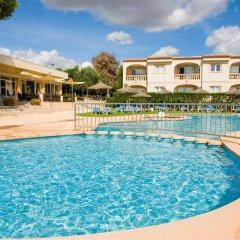 Отель Apartamentos Sol Romantica бассейн