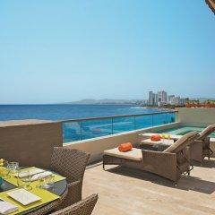 Отель Now Amber Resort & SPA балкон