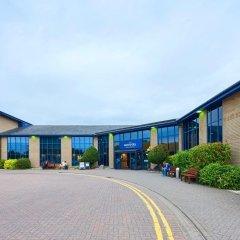 Отель Novotel London Stansted Airport парковка
