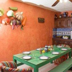 Отель Agavero Hostel Мексика, Канкун - отзывы, цены и фото номеров - забронировать отель Agavero Hostel онлайн питание