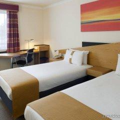 Отель Holiday Inn Express Strathclyde Park M74 JCT 5, an IHG Hotel Великобритания, Глазго - отзывы, цены и фото номеров - забронировать отель Holiday Inn Express Strathclyde Park M74 JCT 5, an IHG Hotel онлайн комната для гостей фото 2