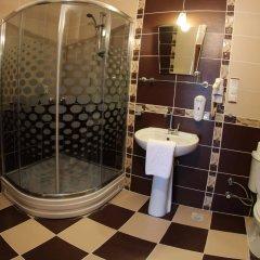 Rebetika Hotel Турция, Сельчук - 1 отзыв об отеле, цены и фото номеров - забронировать отель Rebetika Hotel онлайн ванная фото 2