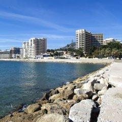 Отель Globales Gardenia Испания, Фуэнхирола - 1 отзыв об отеле, цены и фото номеров - забронировать отель Globales Gardenia онлайн пляж фото 2