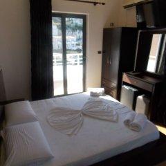 Hotel Nertili сейф в номере