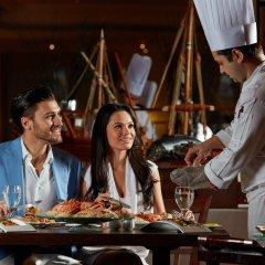 Отель Crowne Plaza Dubai ОАЭ, Дубай - отзывы, цены и фото номеров - забронировать отель Crowne Plaza Dubai онлайн питание