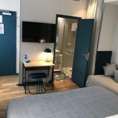 Отель Basile Франция, Париж - отзывы, цены и фото номеров - забронировать отель Basile онлайн удобства в номере