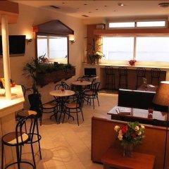 Отель Achillion Apartments Греция, Афины - 3 отзыва об отеле, цены и фото номеров - забронировать отель Achillion Apartments онлайн гостиничный бар