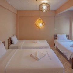 Отель Smile Buri House Бангкок сейф в номере