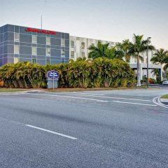 Отель Hampton Inn Suites Sarasota/Bradenton Airport фото 6