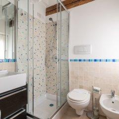 Отель Poli Grappa Suite Италия, Венеция - отзывы, цены и фото номеров - забронировать отель Poli Grappa Suite онлайн ванная