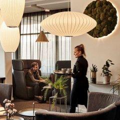 Отель Comwell Hvide Hus Aalborg Дания, Алборг - отзывы, цены и фото номеров - забронировать отель Comwell Hvide Hus Aalborg онлайн гостиничный бар