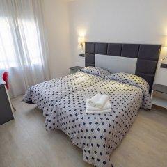 Отель La Carabela Испания, Курорт Росес - отзывы, цены и фото номеров - забронировать отель La Carabela онлайн комната для гостей фото 5