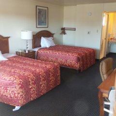 Отель Holiday Motel Oakdale комната для гостей фото 5