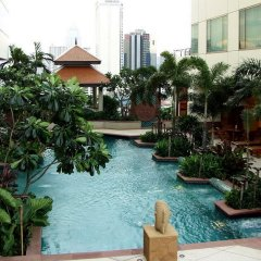 Отель Jasmine City Бангкок бассейн фото 3