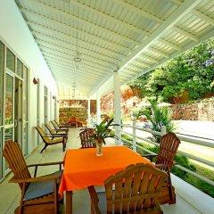 Отель Beach Grove Villas балкон