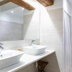 Отель ApartUP L' Almoina ванная