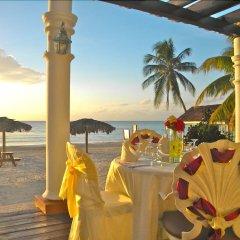 Отель Beachcomber Club Resort Ямайка, Саванна-Ла-Мар - отзывы, цены и фото номеров - забронировать отель Beachcomber Club Resort онлайн пляж фото 2