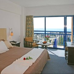 Navarria Hotel in Limassol, Cyprus from 91$, photos, reviews - zenhotels.com guestroom